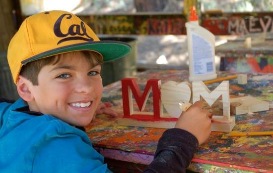 arts and crafts for mom at California summer camp